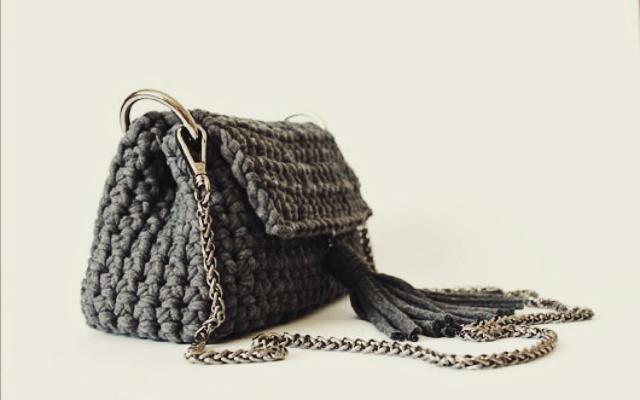 b08f7415c8dc Статьи интернет-магазина ЛАМА » Как связать сумку из трикотажной ...